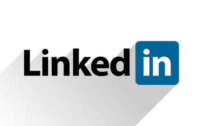 Marketing LinkedIn, Programar Post e Robôs
